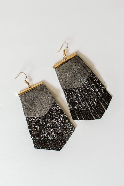 Glitzy Girlz Boutique Downtown Lights Earrings, Black