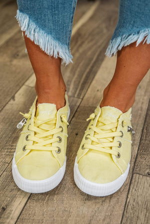 Glitzy Girlz Boutique Fruit Sneaker, Sweet Lemon