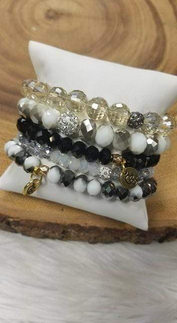 Glitzy Girlz Boutique GG Bracelet Set: Smokey Nights