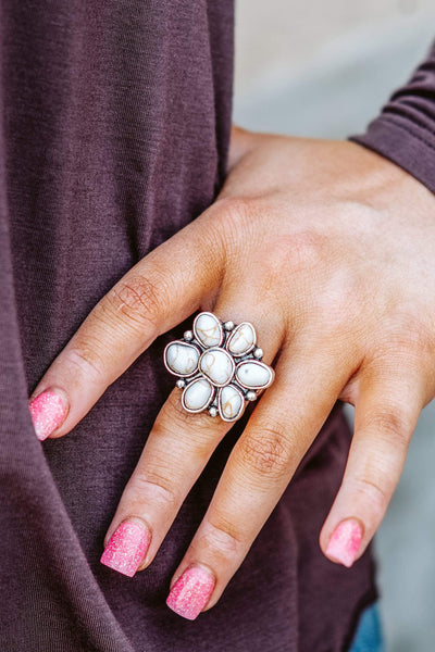 Glitzy Girlz Boutique Next To You Ring, White Turquoise