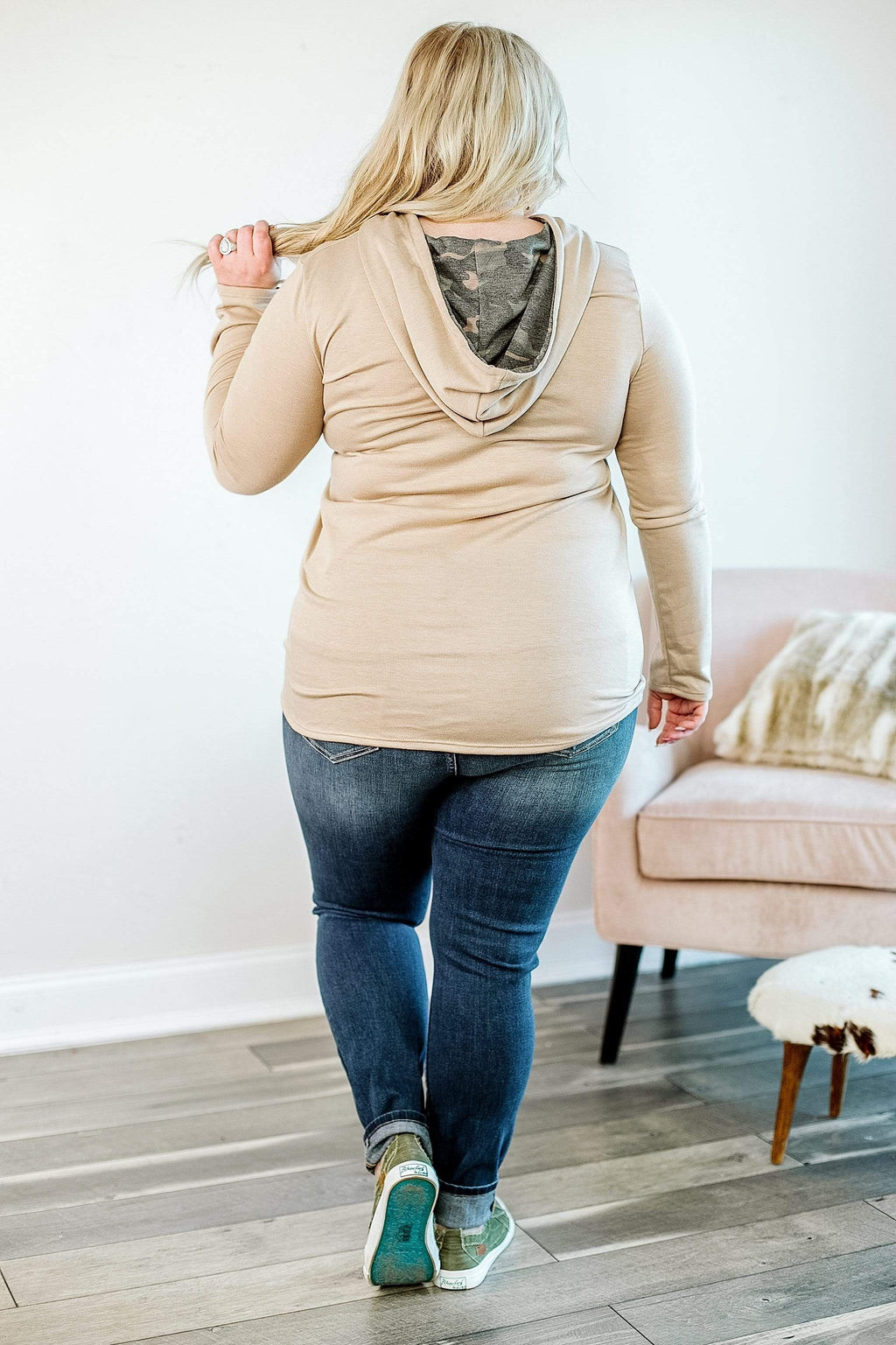 Glitzy Girlz Boutique Oughta Know That Hooded Top | Trendy Plus Size Hooded Top