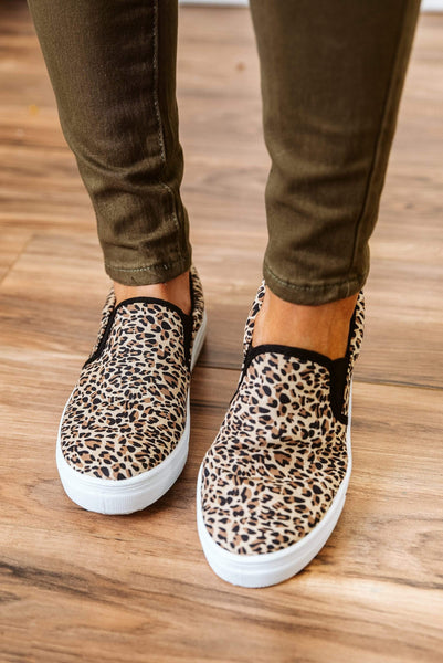 Glitzy Girlz Boutique Reba Sneakers, Leopard