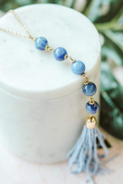 Glitzy Girlz Boutique Shades of Blue Necklace