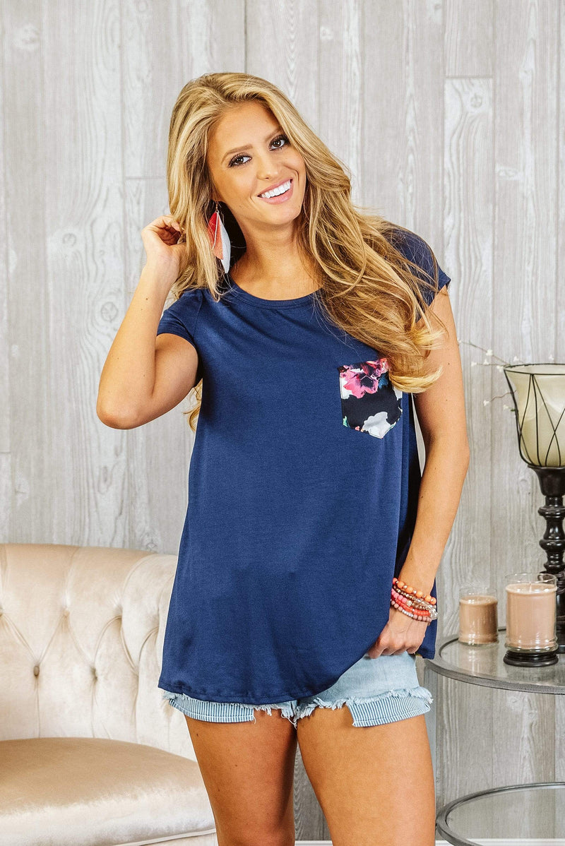 Glitzy Girlz Boutique Vacation Days Top, Navy