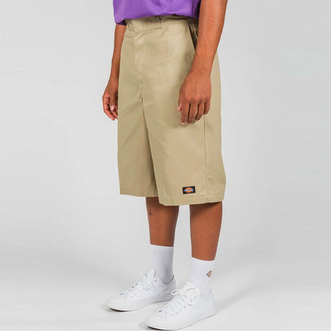 "DICKIES - 13"" TWILL MULTI POCKET LOOSE FIT SHORTS - KHAKI"