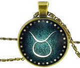 12 Zodiac Sign Necklace Green Glass