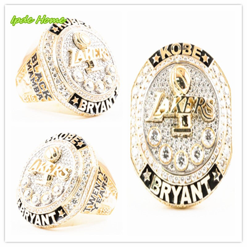 Lakers Present Kobe Bryant with Retirement Championship Ring Free Shipping