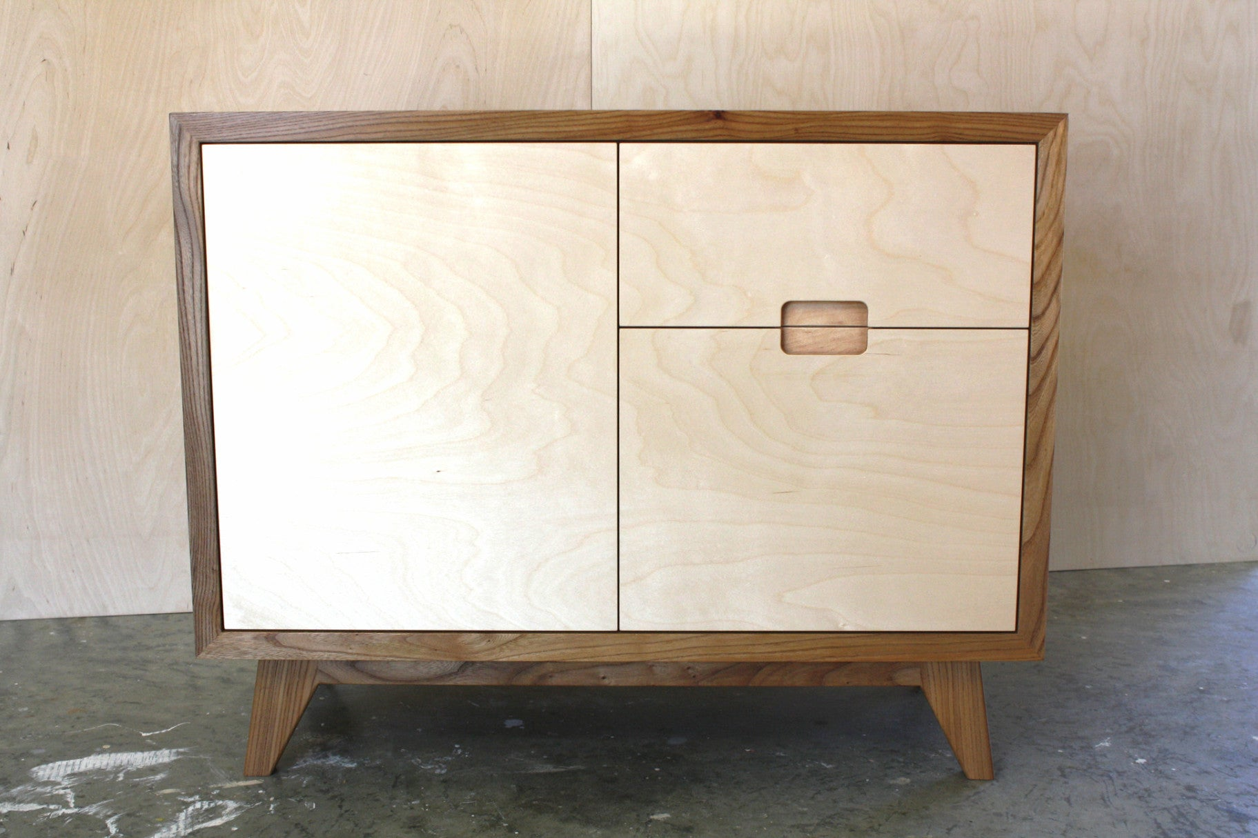 Ordinaire Elm Compact Sideboard With Birch Plywood