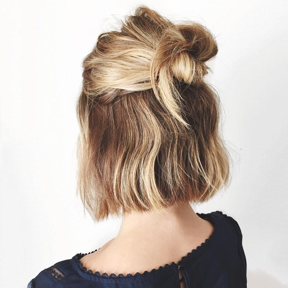 THE MONDAYEST TUESDAY EVER: TODAY'S CUTE AND LAZY HAIRSTYLE