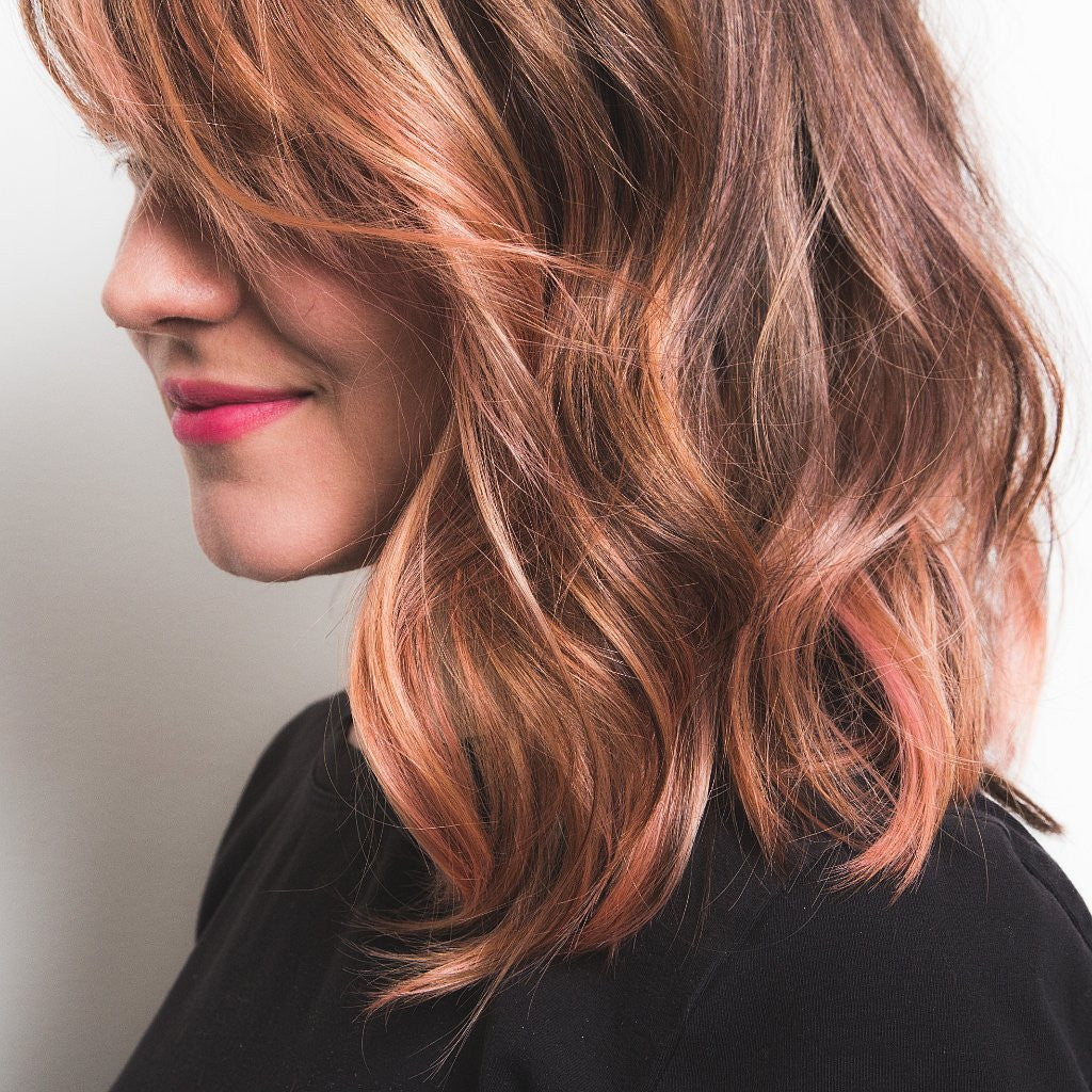 ROSE GOLD HAIR IS THE NEWEST TREND TAKING OVER THE INTERNET