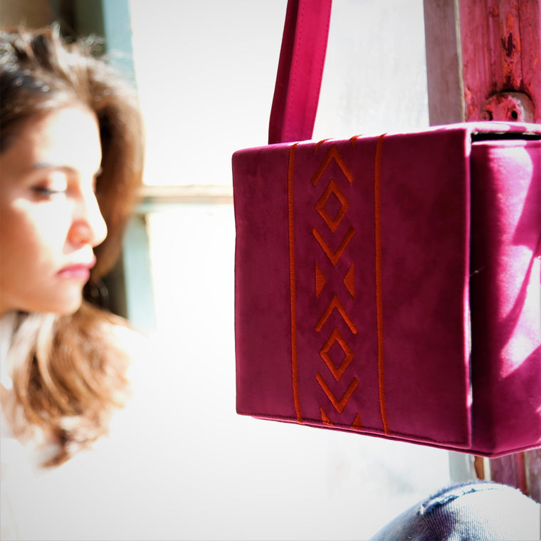 Bedouin Style Box Bag Pink
