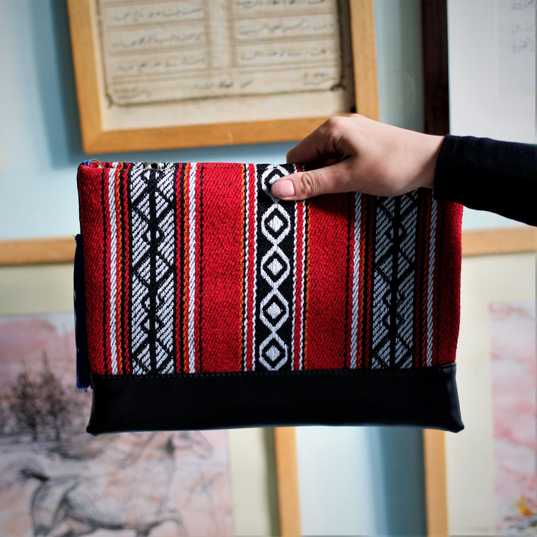 Bedouin Style Clutch Red Black