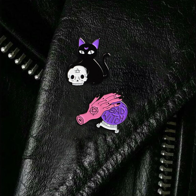 Witch Crystal Ball & Black Cat Skull Retro Enamel Pin