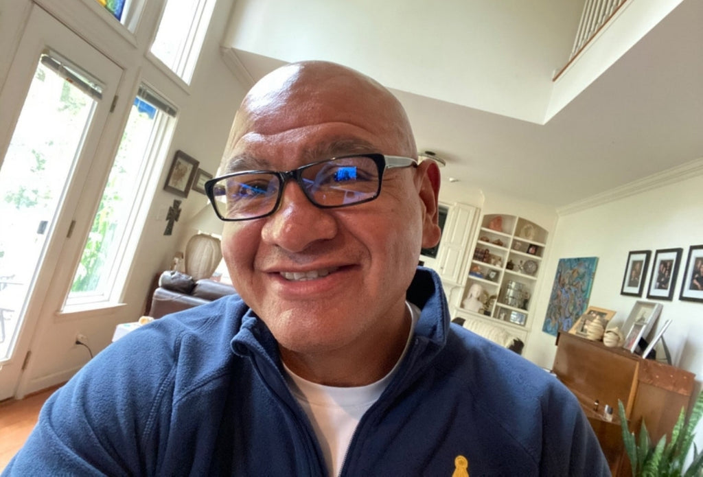 hectorhernandez happy with his decision of buying a new pair of Umizato blue light glasses