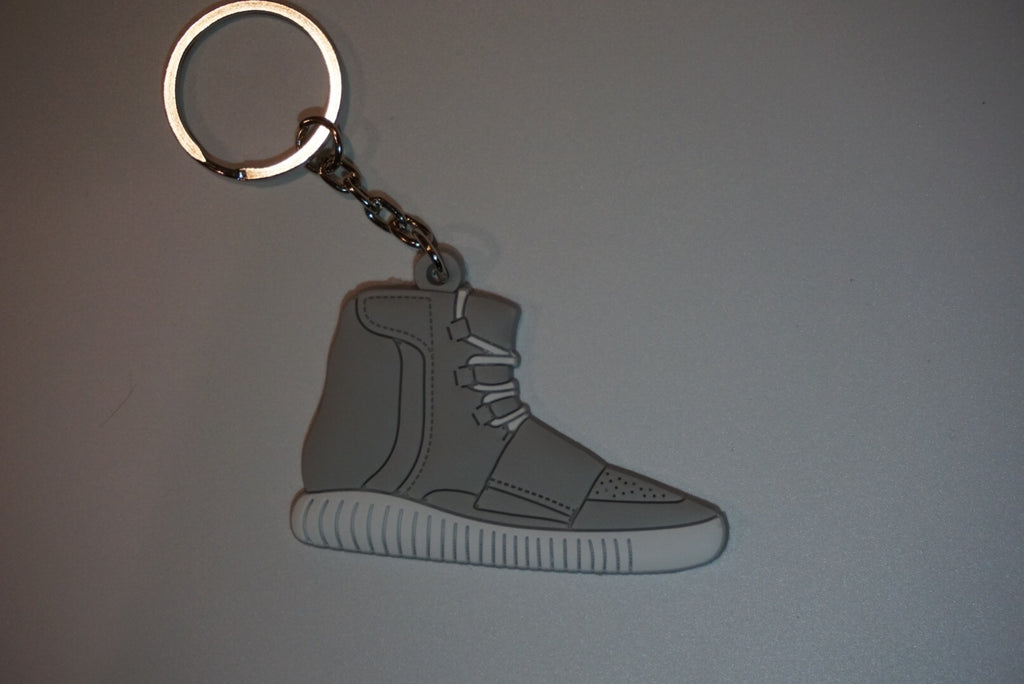 "Yeezy Boost 750 OG ""Light Brown"" Sneaker Keychain"