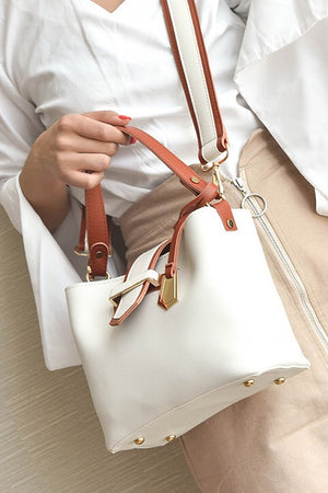 Broad Strap Simple Texture Bucket Bag