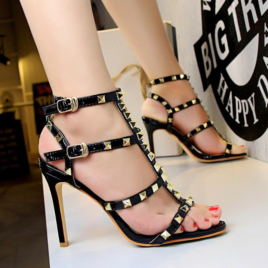 Retro Rivets Open Patent Leather Fashion Buckle Women's High Heels Sandals