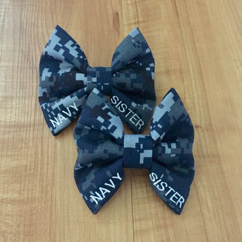 Sister/Mom/Cousin Camo Bow (all branches)