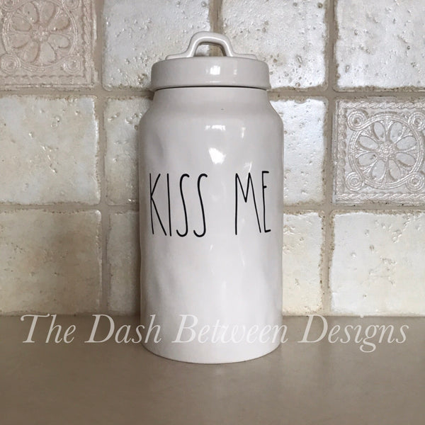 Rae Dunn Inspired KISS ME Decal