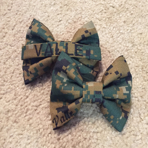 Marines Woodlands Nametape and Classy Corner Bow Pack