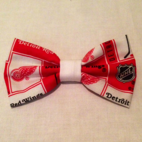 Detroit Red Wings Bow