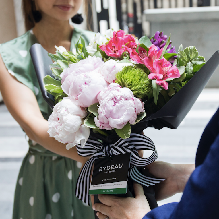 The 10 Best Occasions to Send Someone Flowers (Get over the Valentine's Day Madness!)