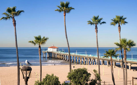 manhattan beach summer holiday destination