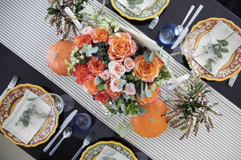 flower thanksgiving table decor