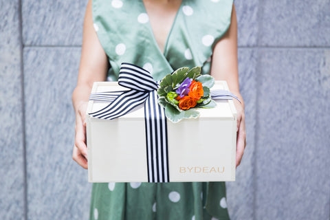 5 Thoughtful Funeral Gift Ideas Other Than Flowers