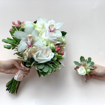 The Classic Wedding Bouquet and Boutonniere | BYDEAU Hong Kong