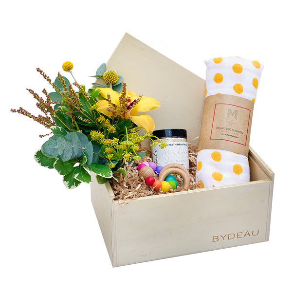 Unixe Newborn and Baby Gift box | The Lovey | BYDEAU gifts