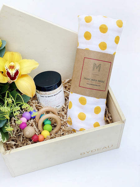 Product shot of The Lovely Baby Gift Box | BYDEAU