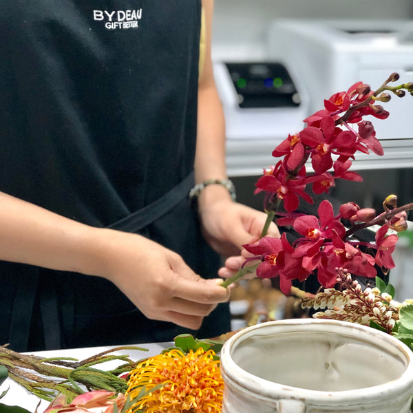 Learn to design flower centerpieces workshop | BYDEAU | Hong Kong