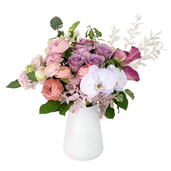 The Catherine | Pastel Mother's Day Vase Flowers | BYDEAU Hong Kong