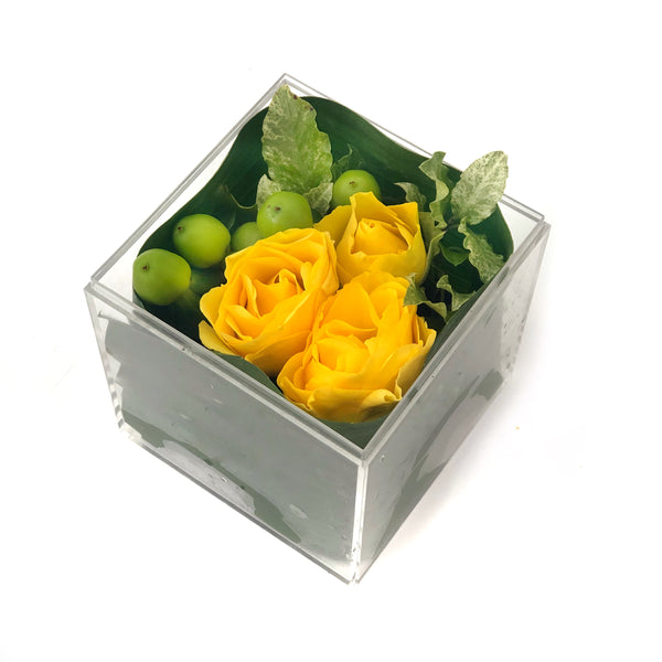 Yellow Roses in a Box | BYDEAU Hong Kong