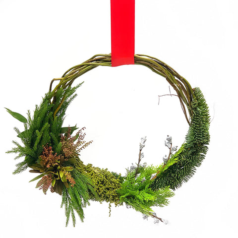 Holiday Wreaths | Next Day Delivery Hong Kong | BYDEAU The Vixen