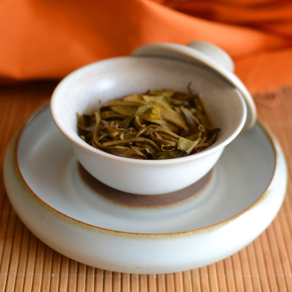 gaiwan with puerh tea