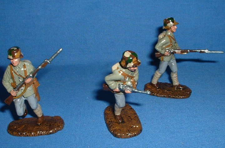 Armies in Plastic WW1 Germans 1/32 scale. Gloss style.