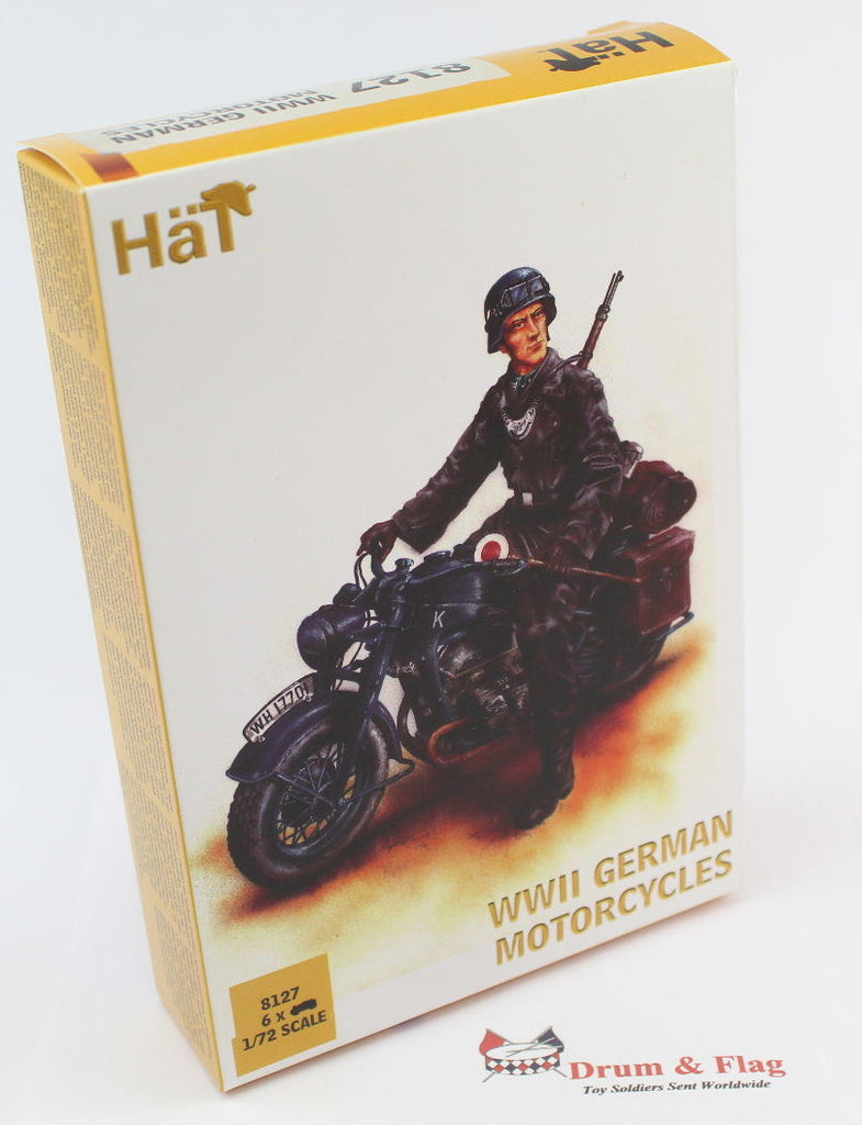 HAT 8127 WWII GERMAN MOTORCYCLE - 1:72 SCALE. Plastic figures / kit.