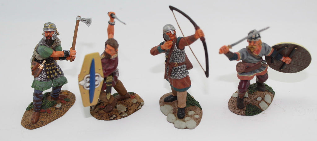 Conte Collectibles SPQR020 Barbarians Fighting - Boxed - Painted Metal 1/32 Scale (c.54mm)