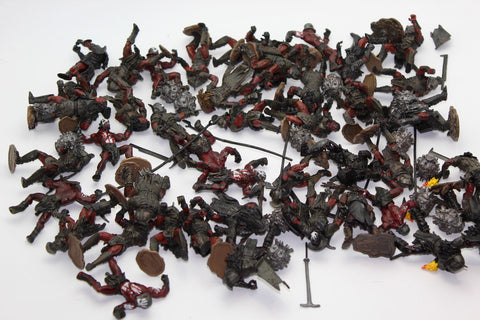ISENGARD URUK-HAI 43 FIGURE LOT. LORD OF THE RINGS AOME (ARMIES OF MIDDLE EARTH). Used.
