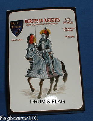 EUROPEAN KNIGHTS - EARLY 16th CENTURY. DDS 72005. 1/72 SCALE UNPAINTED PLASTIC