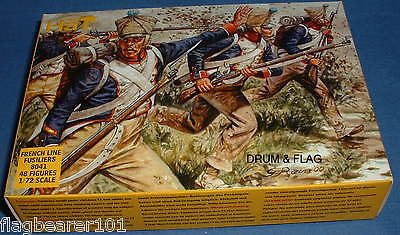 HAT 8041 NAPOLEONIC FRENCH FUSILIERS. 48 X 1/72 SCALE UNPAINTED PLASTIC FIGURES