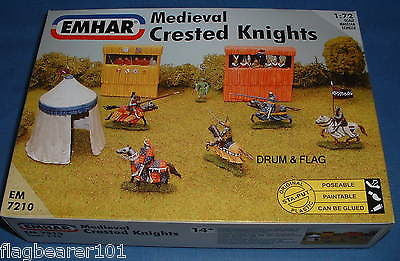 EMHAR 7210 MEDIEVAL CRESTED KNIGHTS TOURNAMENT JOUSTING 1:72 Scale Plastic