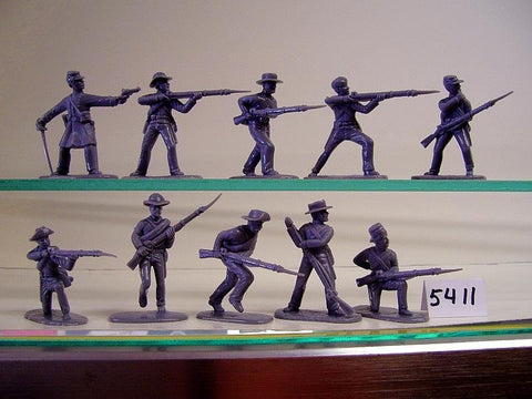 ARMIES IN PLASTIC #5411 - CONFEDERATE INFANTRY - AMERICAN CIVIL WAR - 1/32 SCALE. Gray. 16 figures in 8 poses.