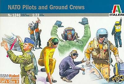 ITALERI # 1246 NATO Pilots & Ground Crew 1/72 Scale 48 Plastic Unpainted Figures