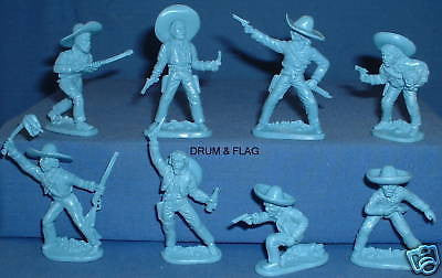 WESTON TOY CO MEXICAN BANDITS 16 FIGURES in 8 POSES 1/32 SCALE.