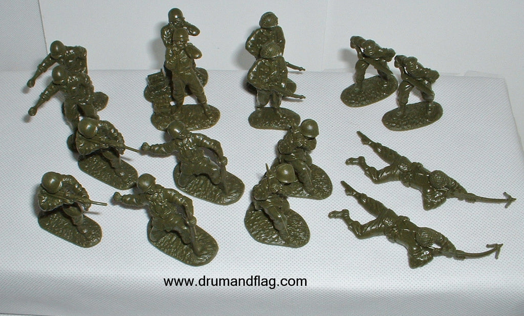CTS - WW2 American Infantry Set #2. 16 figures in 8 poses. 1/32 scale plastic.