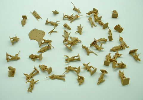 HaT / AIRFIX  - WW1 GERMAN INFANTRY - 48 PIECES. 1:72 SCALE. Used