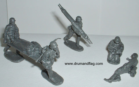 CTS - WW2 German Medical Team. 6 figures in 6 poses. 1/32 scale plastic.